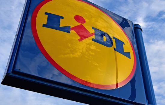 Hold on to Your Schnitzel, Lidl to Land in Tuscan Lakes
